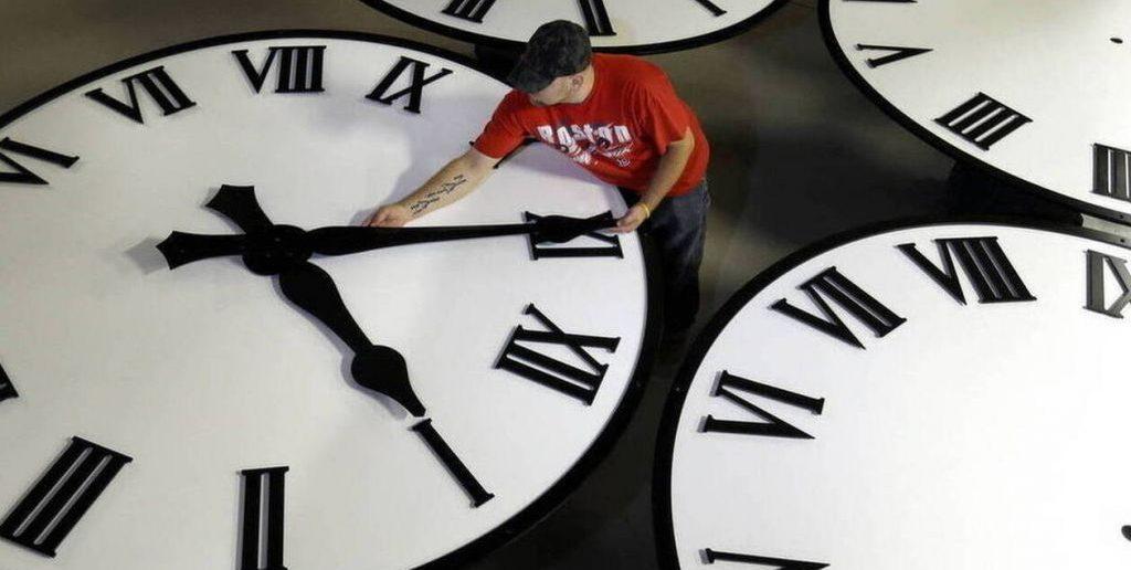 Αλλαγή ώρας: Πάμε τα ρολόγια μας μία ώρα μπροστά
